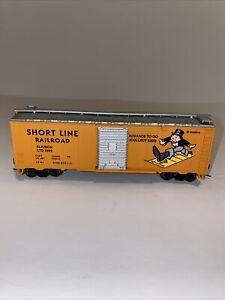 Bachmann HO Scale Train Monopoly SHORT LINE RAILROAD Box Car w/ Sliding Door