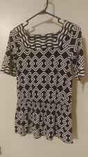 (#55) Alfani black and white peplum top. Size XS. Nwt