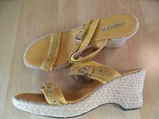 GEOX schöne Sandaletten Keilabsatz senfgelb Gr. 41 TOP TH416