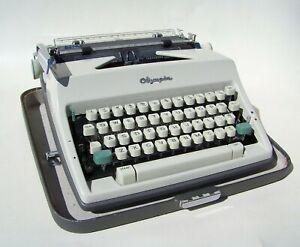 Vintage Olympia De Luxe SM9 Typewriter + Case 1966 Ser 3177919 Portable Standard
