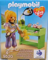 PLAYMOBIL Play+Give 9520 Kinderärztin Baby Waage Wickeltisch Rassel Exclusiv NEU