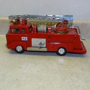 Vintage Tin Bandai Japan Aerial Ladder Fire Engine Truck, Battery Operated