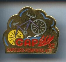 RARE PINS PIN'S  POMPIER VELO CYCLING CYCLISME GAP ¤2K