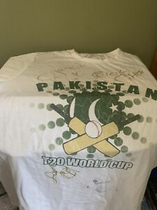T-shirt Shahid Afridi And Pakistan Cricketers Autography