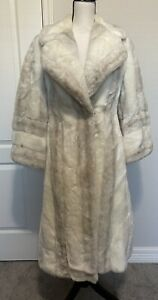 Country Pacer Tulsa Streets Oklahoma City Fur Coat, Small, Heavy, Comfortable