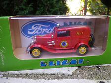 """ELIGOR FORD V8 1932 """" TUDOR """" POMPIER de WASHINGTON FIRE n° 1213 Neuf en boite"""