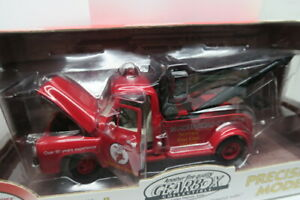 GEARBOX 1/24 SCALE 1953 FORD F-100 PRECISION MODEL TOW TRUCK BANK! NICE DETAILS!