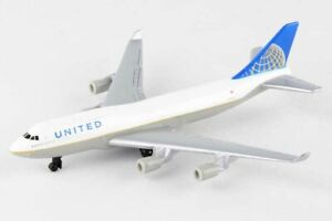 5.75 Inch Boeing 747 United Airlines Diecast Airplane Model