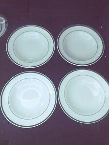 Set Of 4 Williams Sonoma Japan BRASSERIE GREEN Rimmed Soups EXC Retired