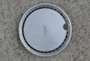 """1x Austin Rover 13"""" wheel trim cover hub cap  p/n 8004 / ASSY p/n 8005"""