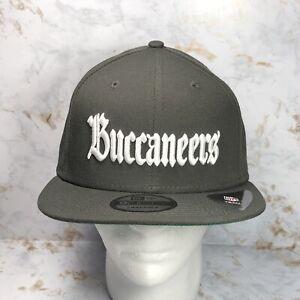 Tampa Bay Buccaneers 9FIFTY SnapBack New Era Mens NFL Official Team Hat, Script