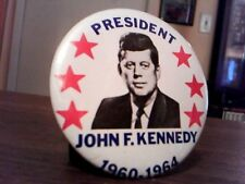 "PRESIDENT JOHN F. KENNEDY RARE 1960-1964 6 RED STARS 2 2/8"" PHOTO PINBACK"