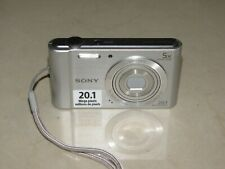 * SONY CYBERSHOT DSC-W800 - 2O.1MP - 5x OPTICAL ZOOM - SILVER - WORKS GOOD *