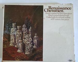Vintage 1970 E.S. Lowe Renaissance Chessmen Chess Set #832 15th century
