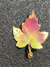 Accent Leaf Pin Yellow Gold New listing