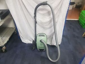 READ DESCRIPTION!! Miele s6240 Ecoline Variable Vacuum Cleaner with Hose and Flo