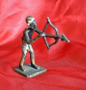 Figurine, petite statuette Africaine en bronze (Années 70-80 - Réf. 4)