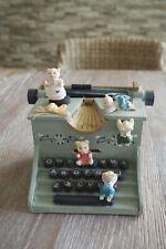 1 Spieluhr Schreibmaschine  Bärchen mit der Melodie its a little schmall world