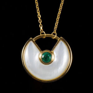 Solid 14K Yellow Gold Round Green Emerald Shell Amulette Pendant Necklace Chain