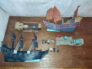 Pirates Of The Caribbean World's End Land & Sea playset Pearl Empress Toy Disney