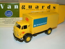 1/64 COMMER KARRIER BOX TRUCK `RAIL EXPRESS SERVICES` ` VANGUARDS`