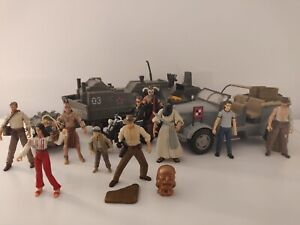 RARE INDIANA JONES Collectable Set 10 Figures 2 Vehicles & Accessories 2008