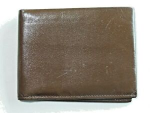 Amity Brown Cowhide Bi Fold Leather Wallet Slightly Used Nice Condition