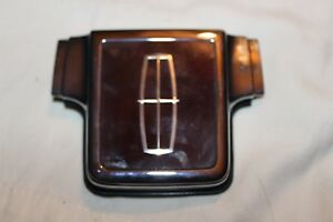 NOS 1991 LINCOLN TOWN CAR TRUNK LOCK COVER FIVY 5443600 A