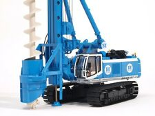 """BYMO BAUER Drilling Rig BG40 with Auger """"MALCOLM""""  Diecast Scale 1:50"""