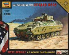 Zvezda 1/100 M2A2 BRADLEY US Combattimento di Fanteria veicolo # 7406