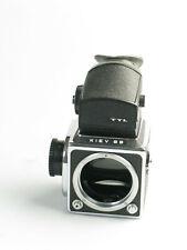 Vintage Mittelformatkamera KIEV 88 Gehäuse + TTL Prisma ( nicht geprüft )