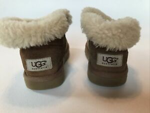 Ugg Toddler Sz 11 Mini Bailey Button Boots Chestnut