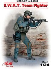 ICM Models S.W.A.T. Team Fighter 1:24 Scale Plastic Model Kit 24101 SWAT Police