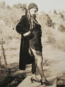 ANTIQUE 1930s RISQUE WOMAN NYLONS PANTY HOSE HI HEALS NAUGHTY FUN LADY OLD PHOTO