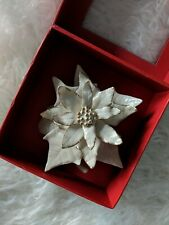 LENOX CLASSIC lvory POINSETTIA Flower Sculpture Mint Porcelain Christmas