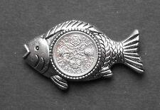 1957 60th Cumpleaños Lucky Peces Pesca Señuelos Pesca presentes broche insignia con caja de regalo