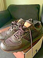 louis-vuitton men sneaker 11.5 excellent condition leather custom