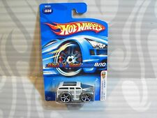 2005 HOT WHEELS  ''FIRST EDITIONS  #038 = BLOCK `O WOOD = WHITE & SILVER ,0916