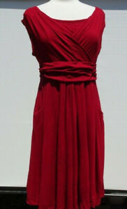 Ladies OXYD Stretchy Maternity Red Dress Sleeveless with Pockets Size L?
