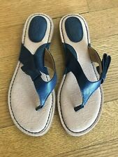 B.O.C. Women's Navy Blue Leather Sandals, Size 9 fits like 8.5, New without box