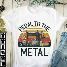 Sewing - Pedal to the metal T-Shirt, New Gift