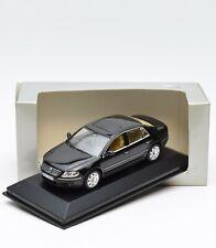 Minichamps 820902109 VW Volkswagen Phaeton Limousine schwarz, 1:43 , OVP, 93/10