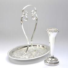 Belle argent plaque ornés gravé cake serving tray & Rose Vase
