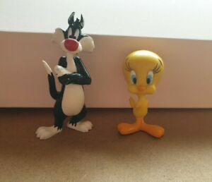 Warner Bros Tweety Pie And Sylvester Plastic PVC Figure. Cake toppers. 2001.
