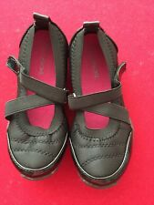 Pre-Owned Little Girl Size 11 Cherokee Block Slip On Cute Casual Shoes