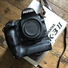 Pentax K3 II avec grip batterie, chargeur boîte très bon état