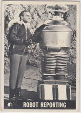 LOST IN SPACE 1966 TOPPS #28 ROBOT REPORTING FAIR TO GOOD CONDITION #3