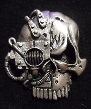 Adeptus Mechanicus skull pin