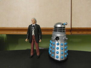 """A CLASSIC FIRST DR WHO AND A DALEK  5"""" FIGURES SET"""