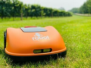 MoeBot 2600 Robot Lawn Mower (2600sqm) (27986sqft)